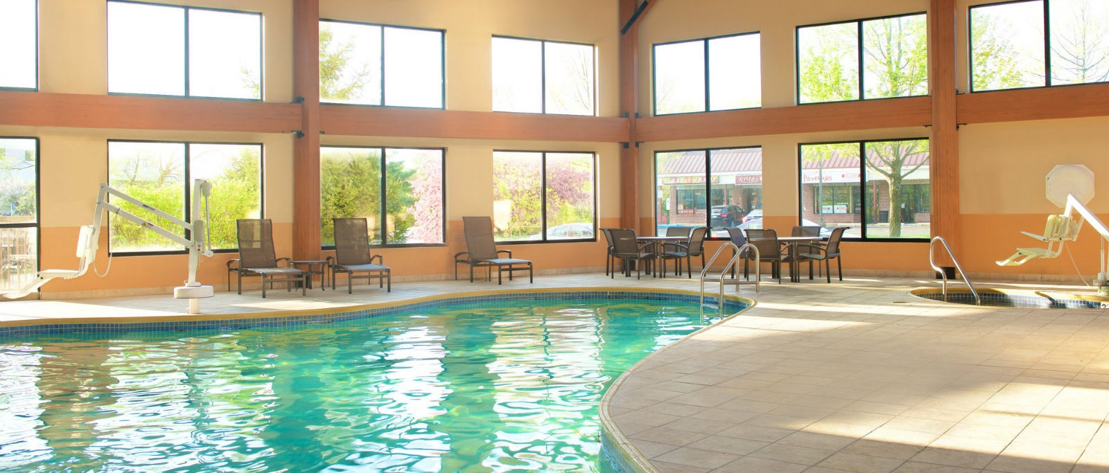 Hotel Features | Indoor Pool