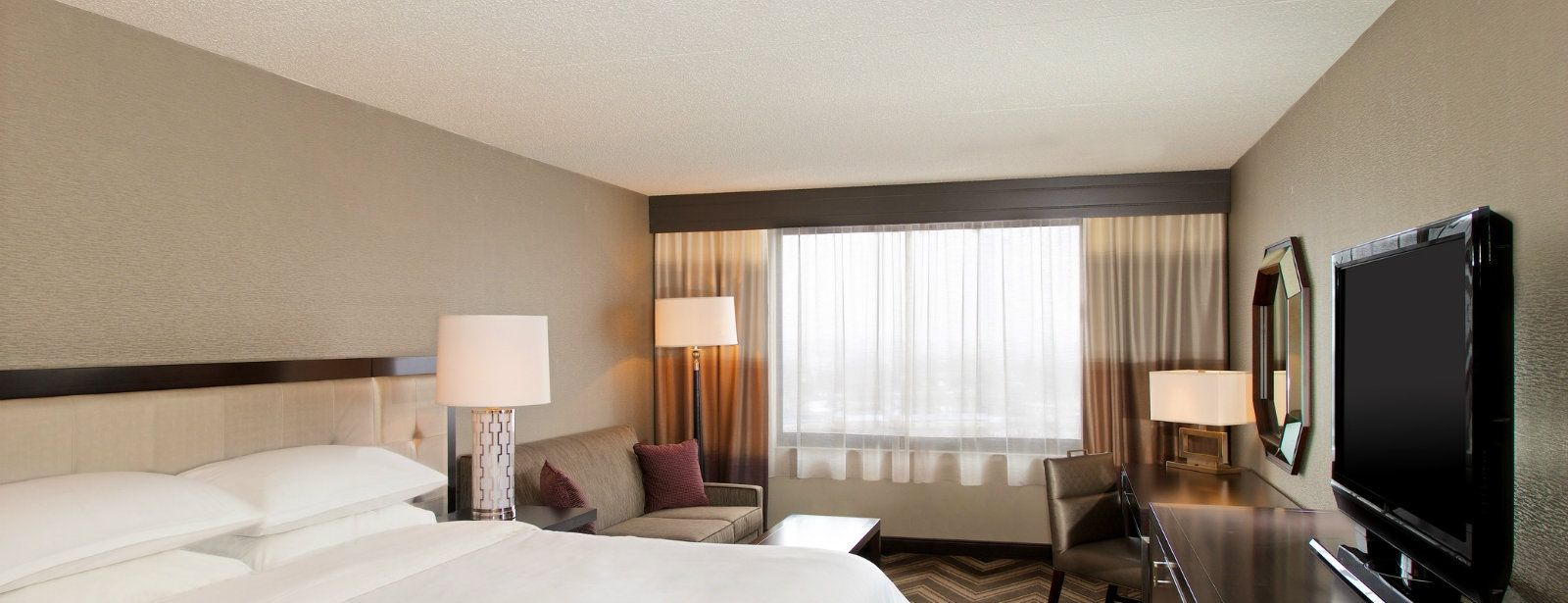 Accessible Guest Room | Sheraton Bucks County Hotel