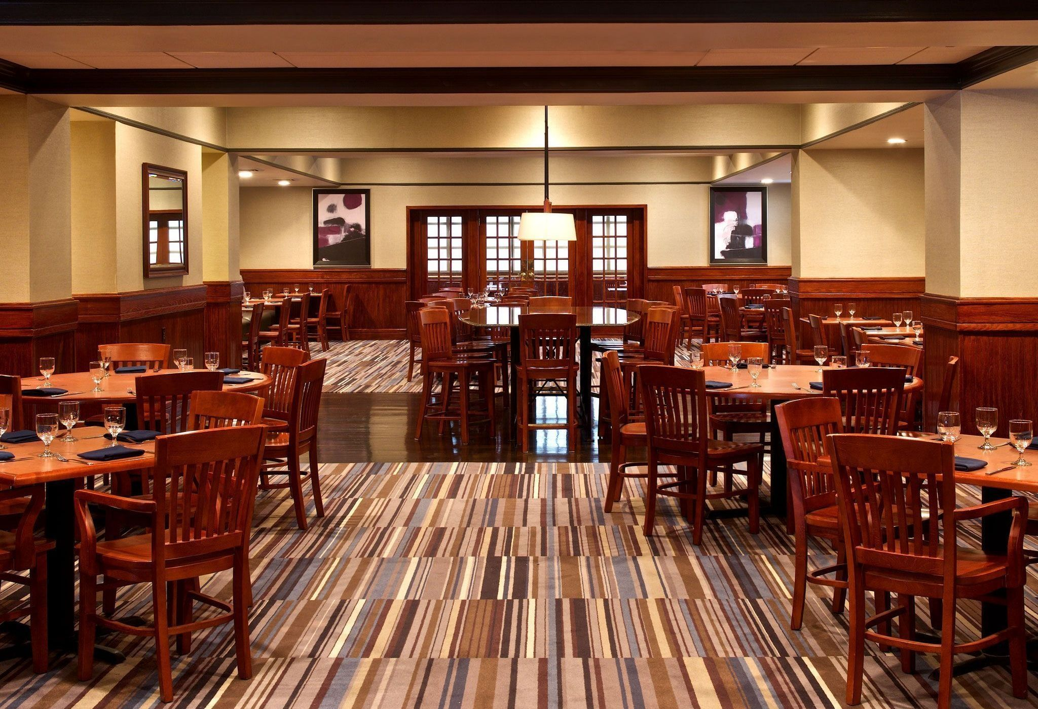 Sheraton Bucks County Hotel - Dining